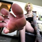 hot tattooed feet